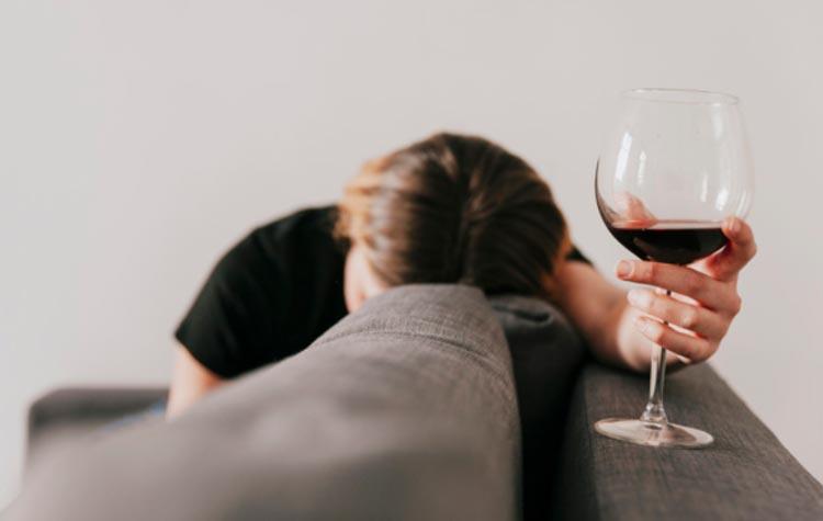 Кодирование, лечение женского алкоголизма Днепр, Днепропетровск